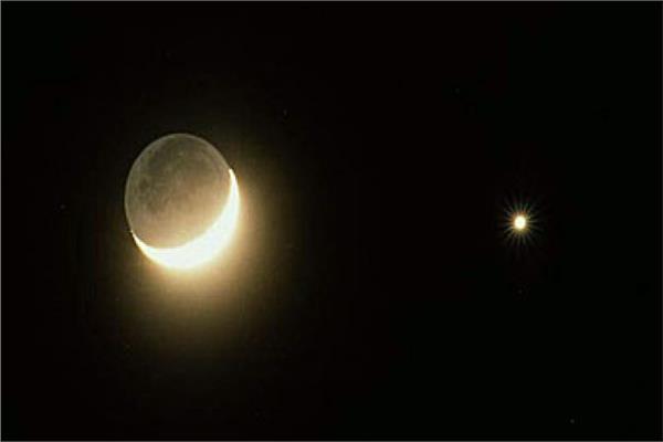 صورة 11 أغسطس.. اقتران القمر والزهرة