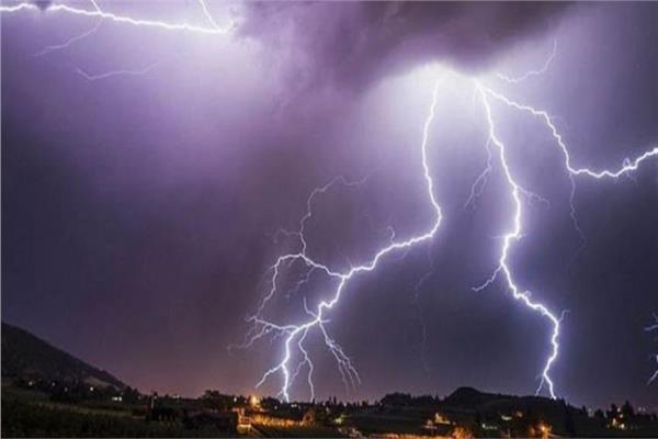 أمطار رعدية على جنوب الصعيد.. هل دخلت مصر منطقة الحزام المداري كالمناطق الاستوائية