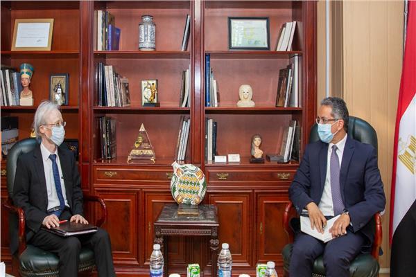 استقبل الدكتور خالد العناني وزير السياحة والآثار-السفير نوكي ماساكي سفير دولة اليابان