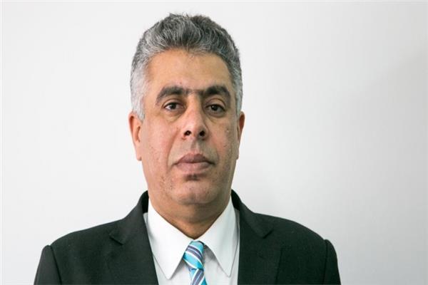 الكاتب عماد الدين حسين