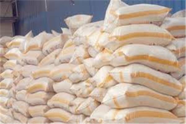 «شرطة التموين» تضبط أطنان ارز ودقيق منتهي الصلاحية قبل طرحها للمواطنين