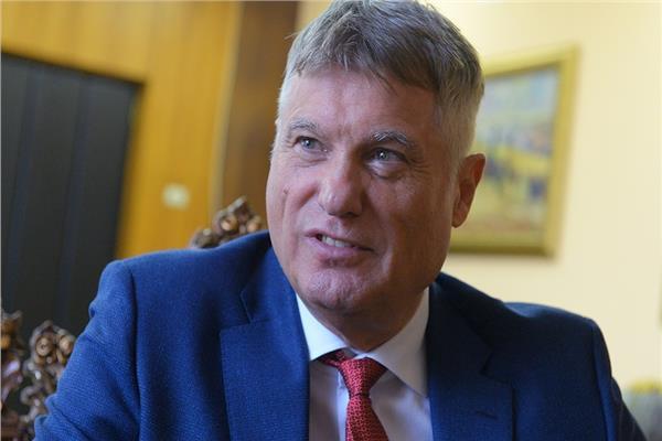 السفير ميروسلاف لازانسكي