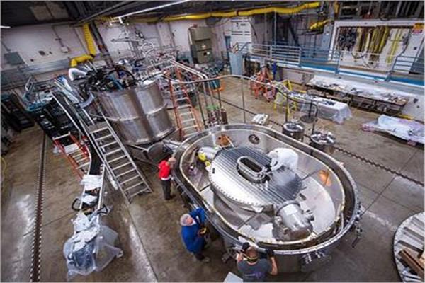 اختبار مغناطيس قوي لتطوير عمليات الاندماج النووي