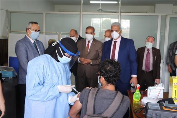جامعة الأزهر تعلن تطعيم 2285 طالبا