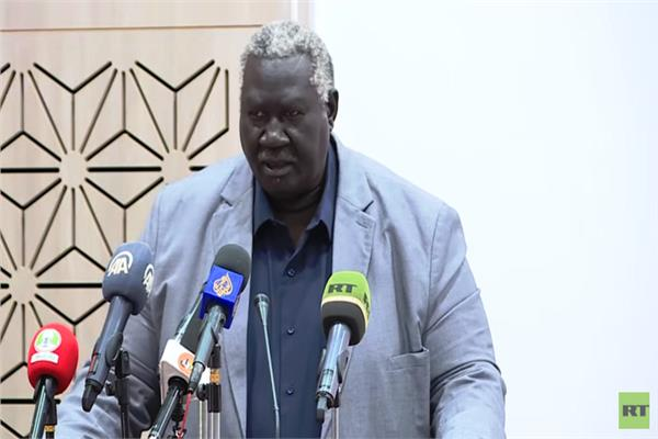 عضو مجلس السيادي السوداني  مالك عقار