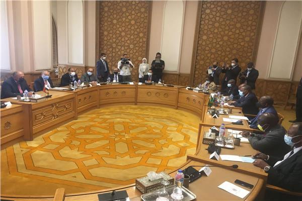 المباحثاتبينوزير الخارجيةسامح وشكرىونظيره الكونغولي