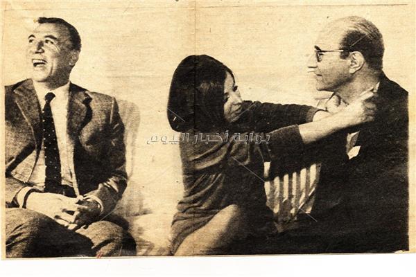 لقطات نادرة تجمع نجاة بعبدالوهاب ونزار القباني - أرشيف أخبار اليوم