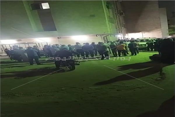 تشييع جنازة أب وأبناء الثلاثة لقوا مصرعهم صعقاب الكهرباء ببني سويف