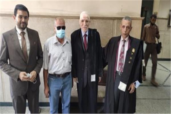 الممرض المعتدى عليه في واقعة «السجود للكلب»: لن أتصالح وأثق في القضاء