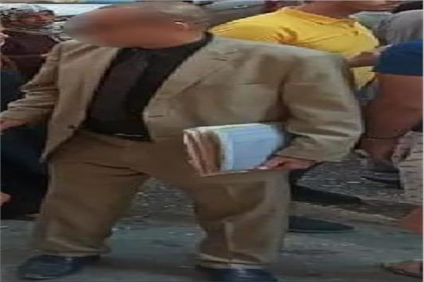 ننفرد بنشر صورة المحامي المتهم بنشر تهديدات داخل مجمع محاكم المنيا