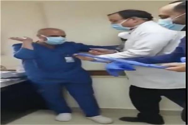 الممرض المُعتدي عليه في «السجود للكلب»