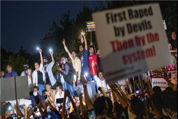 فجر الاغتصاب الجماعي حالة من الغضب في الهند.