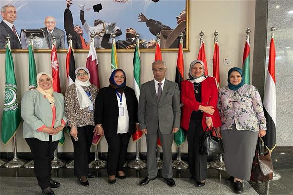 جامعة بورسعيد تشارك فعاليات منتدى الأكاديمية العربية