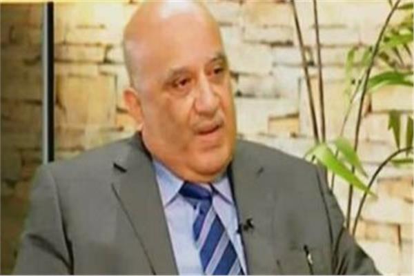 حمدي إمام رئيس شعبة إلحاق العمالة بالخارج