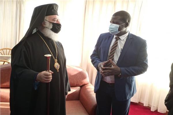 البابا ثيودورس يلتقي بعمدة مدينة غولو باوغندا
