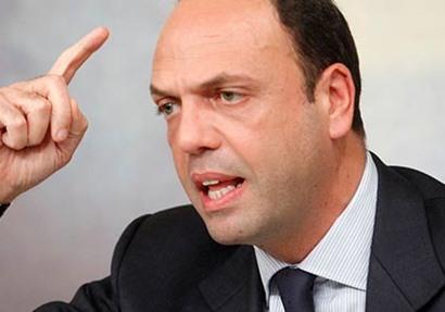 وزير الخارجية الإيطالي انجيلينو ألفانو
