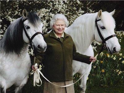 92 عامًا من الانضباط| كيف تحافظ الملكة اليزابيث الثانية على صحتها؟