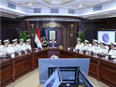وزير الداخلية: خطة فورية لتنظيم الحركة المرورية بالقاهرة والجيزة