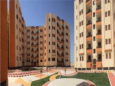 «الإسكان» بيع 79 محلا تجاريا و4 صيدليات و20 وحدة إدارية بـ5 مدن جديدة