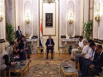 رئيس الوزراء يتفقد مشروعي المتحف الكبير وهضبة الأهرامات غدا