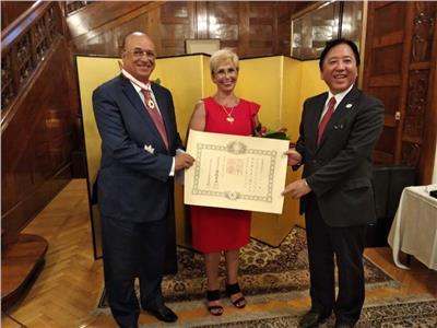 السفير الياباني ينظم حفلا لتكريم سفير مصر السابق بطوكيو