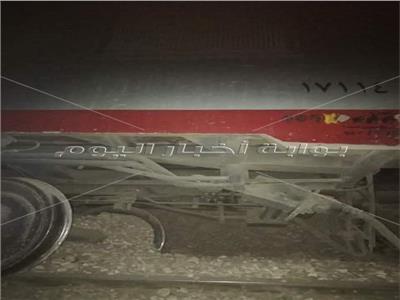 الصور الأولى لانقلاب قطار أسوان.. ونقل 5 مصابين للمستشفى