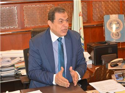 «سعفان» يوزع  1150 شهادات أمان على العمالة غير المنتظمة غداً