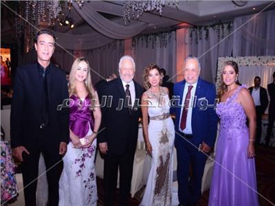 صور| أهل الفن والمشاهير يحتفلون بزفاف نجل خالد زكي