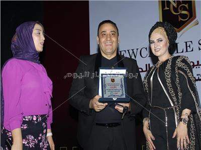 صور| مجد القاسم وجمعة ويورا محمد يدعمون أطفال أبو الريش