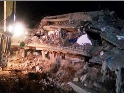 فيديو وصور| 3 وفيات و8 مصابين في حادث انهيار منزل بأسيوط