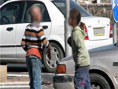 ضبط عاطلين بالإسكندرية استغلوا الأطفال فى التسول