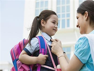 «سنة أولى مدرسة».. طرق التعامل مع الطفل