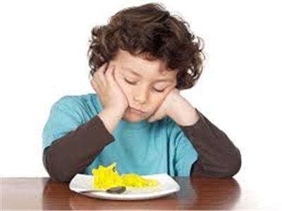 نصائح لتشجيع طفلك على تناول وجبة الإفطار المدرسية