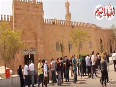 غياب النجوم عن جنازة جميل راتب بالجامع الأزهر| فيديو