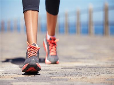 المشى 35 دقيقة يوميًا يقلل مخاطر الإصابة بالسكتة الدماغية