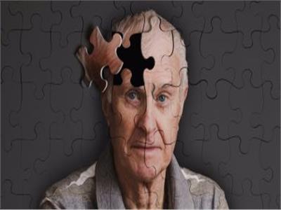 في اليوم العالمي للزهايمر..تعرف على أعراض الإصابة بالمرض