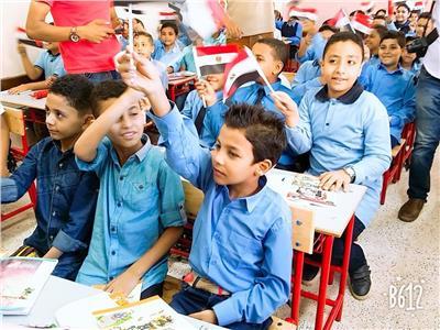 تكريم نجل أحد شهداءالواجب بمناسبة العام الدراسي الجديد