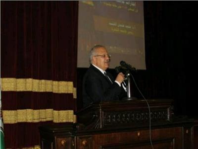 رئيس جامعة القاهرة: إعفاء أبناء الشهداء من المصروفات الدراسية