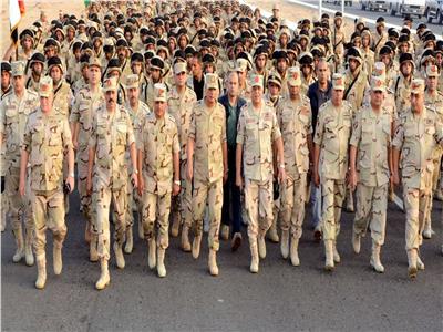 وزير الدفاع يتفقد عددا من الأنشطة التدريبية لقوات التدخل السريع