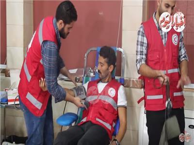 فيديو| الفنان خالد النبوي يطلق أكبر حملة للتبرع بالدم