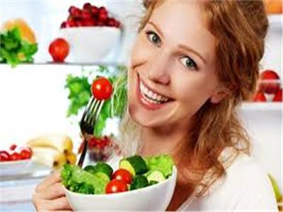 أساس الجمال| بين الغذاء الصحي والماسكات