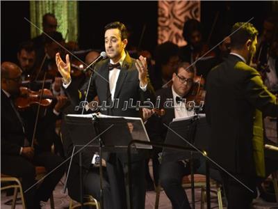 صور  صابر الرباعي يختتم الليلة الحادية عشر من «مهرجان الموسيقى»