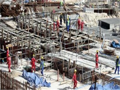 صحيفة باكستانية: قطر تركت 300 عامل بنغالي في معسكر دون مياه أو كهرباء