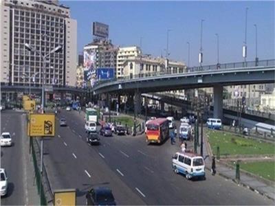 فيديو| سيولة مرورية على كافة الطرق والمحاور الرئيسية بمحافظة القاهرة