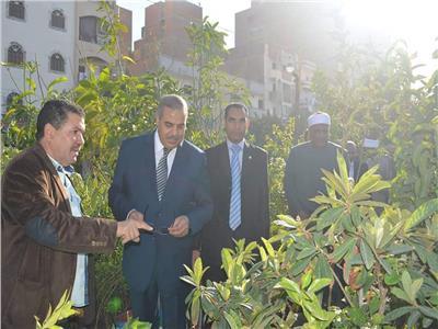 المحرصاوي يتفقد معرض شتلات المنتجات الزراعية بجامعة الأزهر بأسيوط
