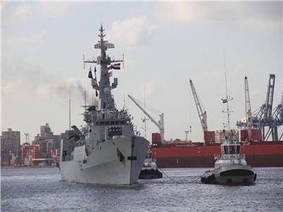 القوات البحرية المصرية والإسبانية تنفذان تدريبًا عابرًا بـ«البحرالمتوسط»