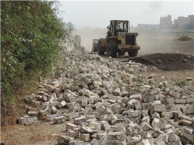 إزالة 202 حالات تعدٍ على الأراضي الزراعية بالقليوبية