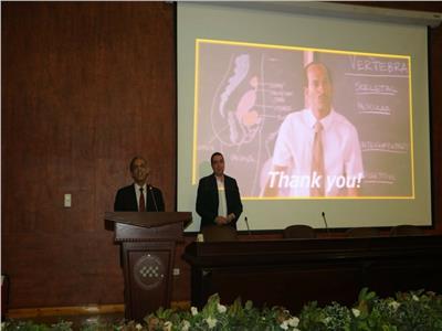 المصرية للمطارات تقيم ندوة عن صحة العاملين
