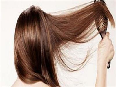 الطريقة الصحيحة لتنعيم الشعر بزبدة الشيا