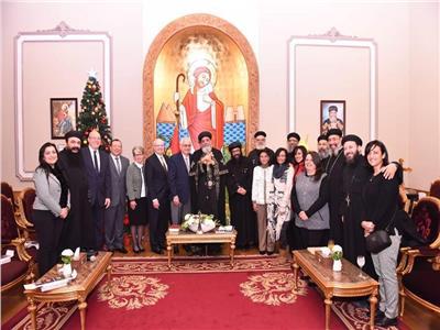 البابا تواضروس يستقبل قادة هيئة step forward